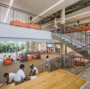 photo of the Learning Commons